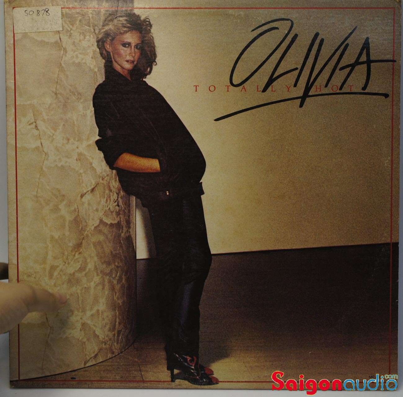 Đĩa than LP Olivia Newton-John – Totally Hot